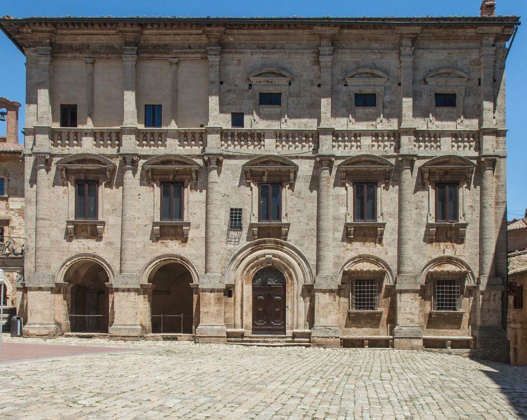 Palazzo Nobili-Terugi auf der Piazza Grande, Montepulciano